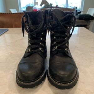 Frye Women's winter boots, size 9